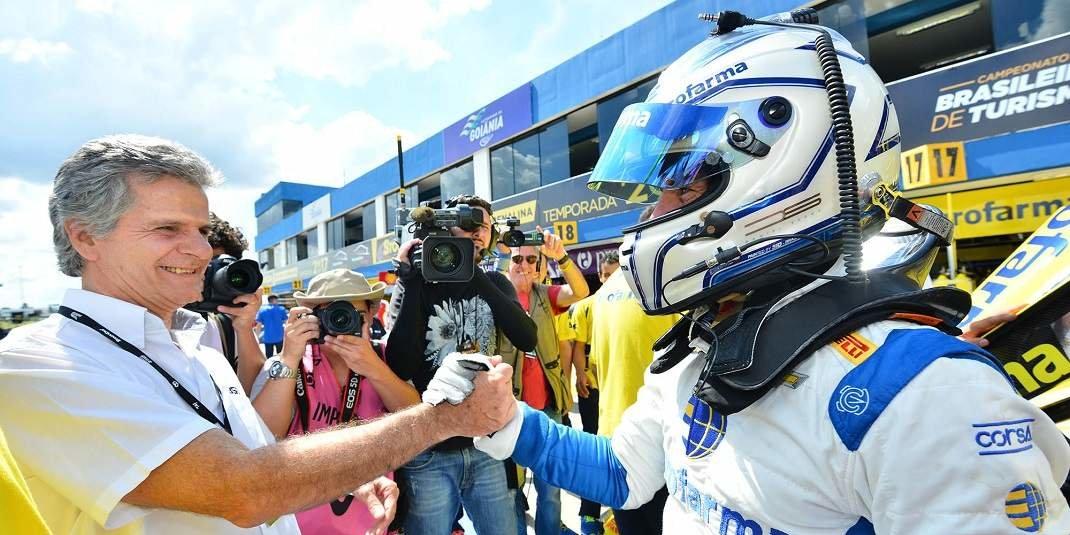 Foto de Daniel Serra crava a quarta pole do ano, para a corrida que acontece em Goiânia