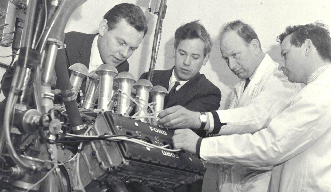 Foto de Morre um dos engenheiros pai do motor Cosworth
