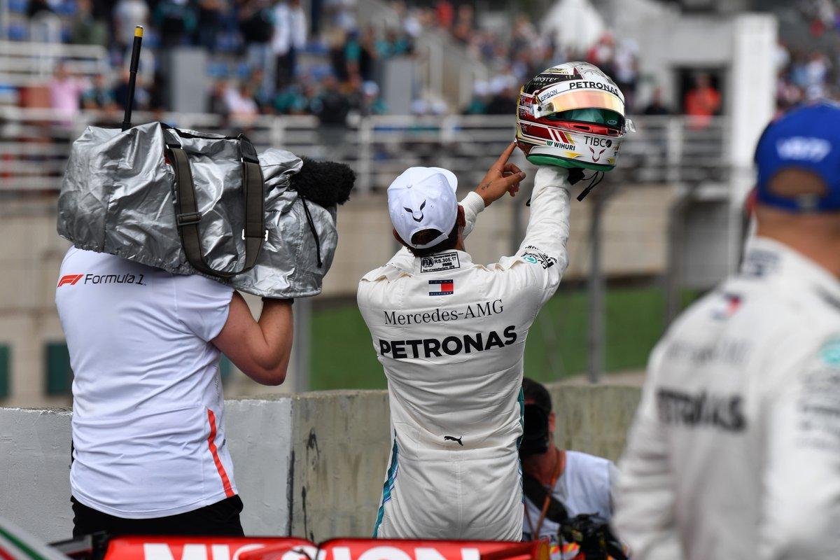 Photo of Classificação Brasil – Lewis Hamilton quebra recorde da pista, em performance surpreendente