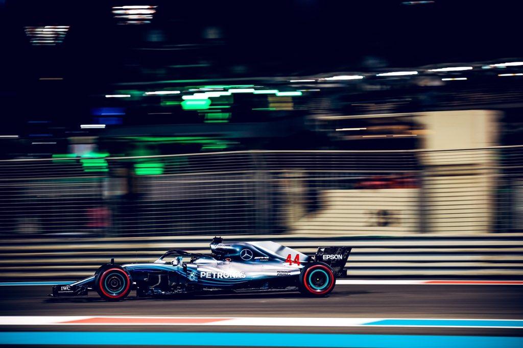 Foto de GP de Abu Dhabi – Lewis Hamilton vence, com Fernando Alonso se despedindo da Fórmula 1 em 11°