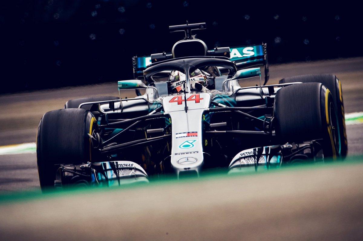 Foto de GP do Brasil – Lewis Hamilton vence, depois de investida dura de Ocon em Verstappen