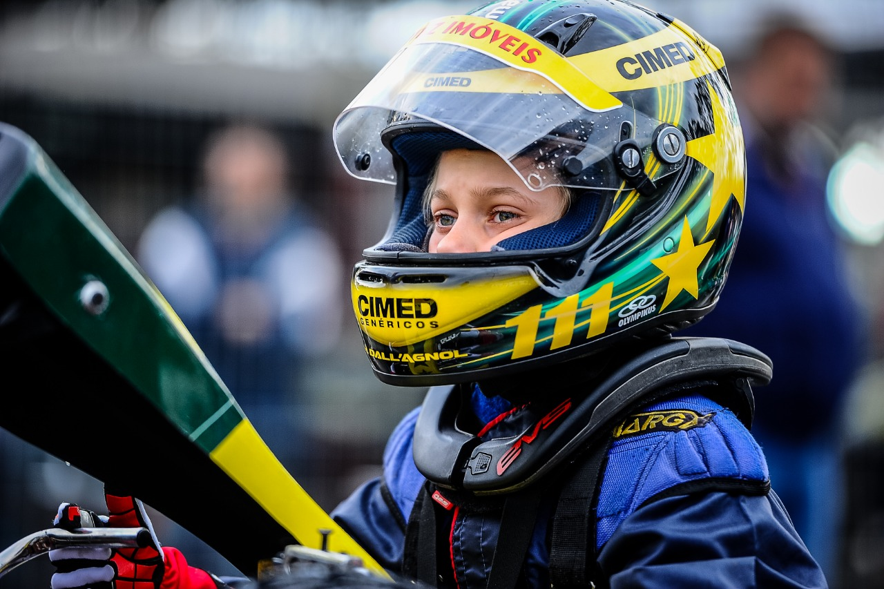 Foto de Jovem talento do time Cimed Racing, Heitor Farias fatura pódio em preliminar das 500 Milhas de Kart