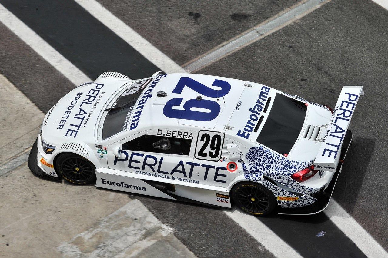 Foto de Daniel Serra lidera terceiro treino livre em Interlagos