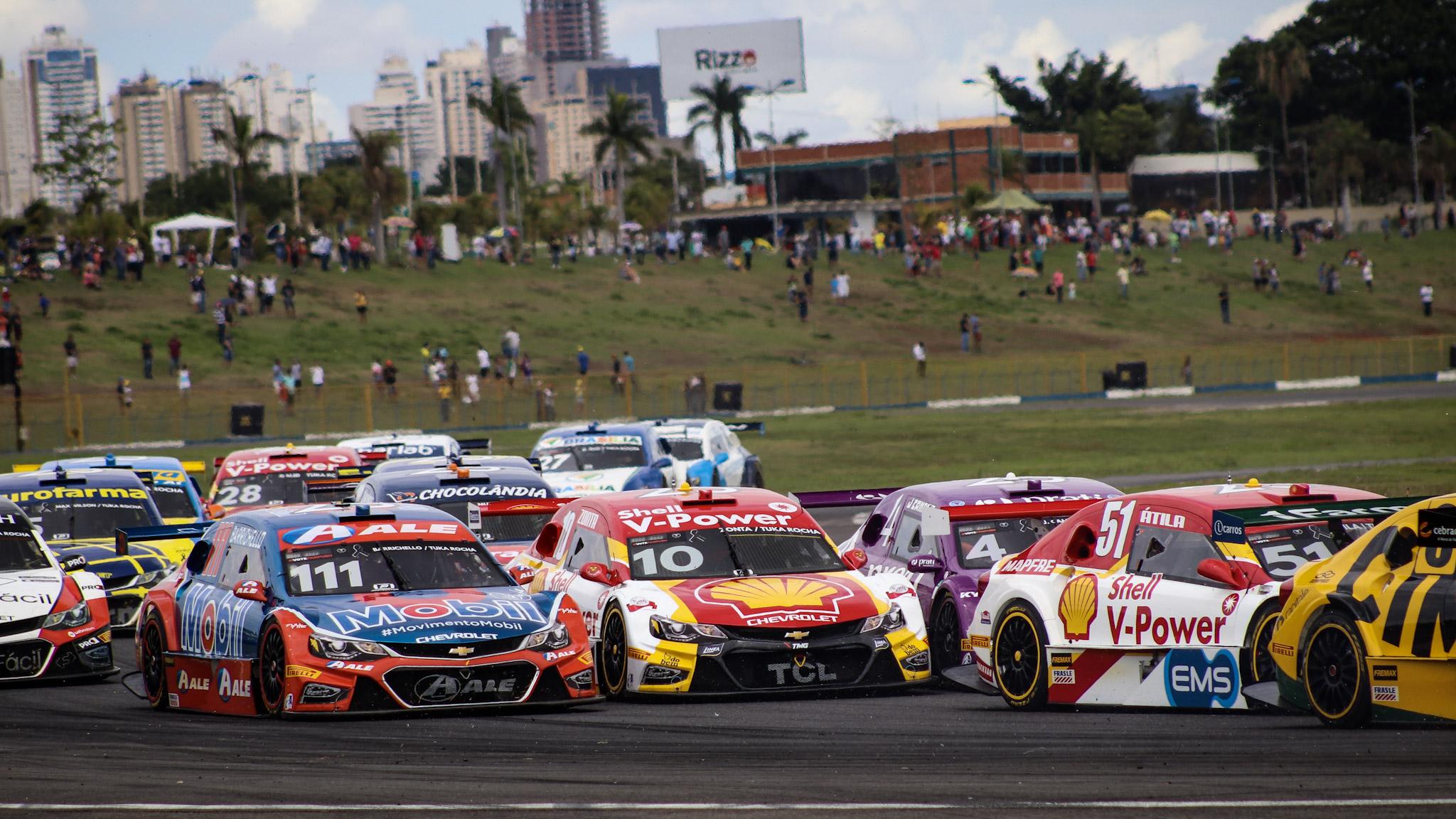 Foto de Stock Car proíbe a participação de pilotos estrangeiros na Corrida de Duplas em Goiânia