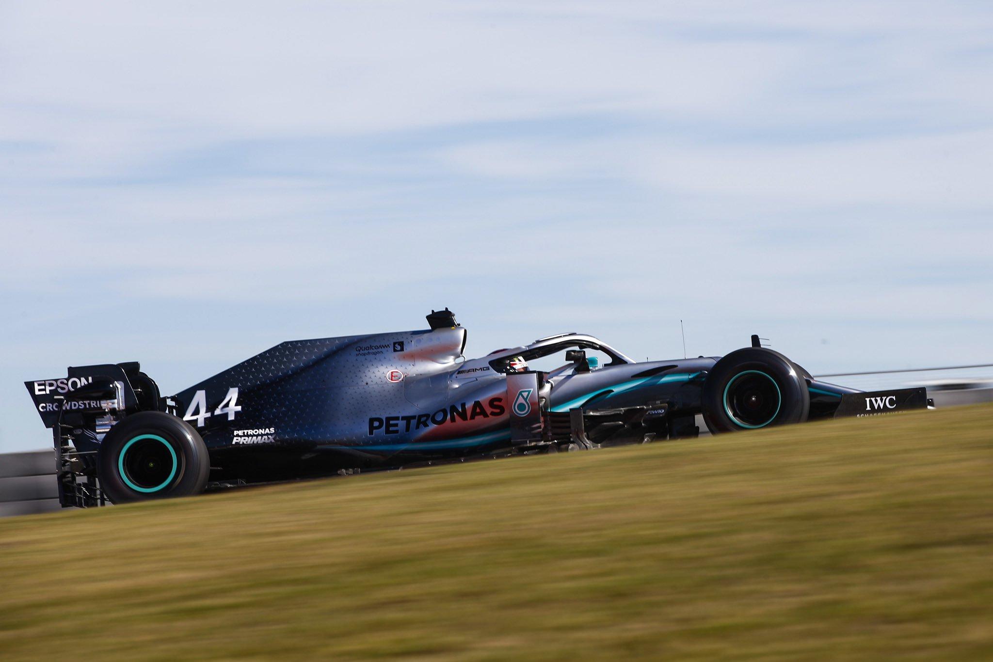 Foto de TL2 EUA – Lewis Hamilton fechou sexta-feira na primeira posição, separado de Bottas por  0s813