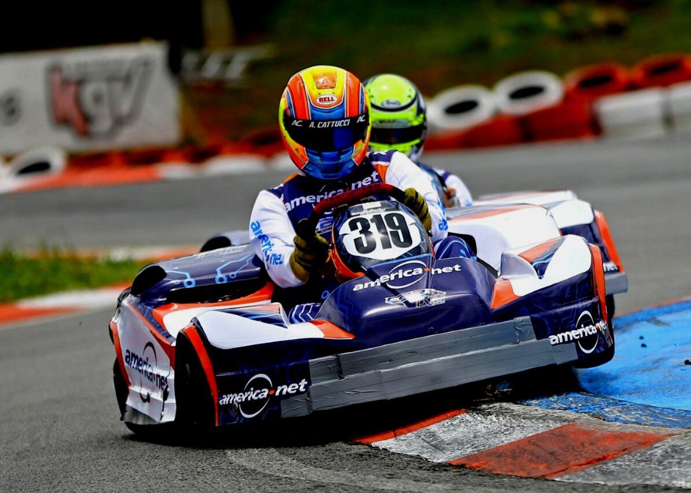 Foto de Americanet Car Racing KTF e Karteiras Promax Bardahl conquistas as poles mais aclamadas do kartismo brasileiro.