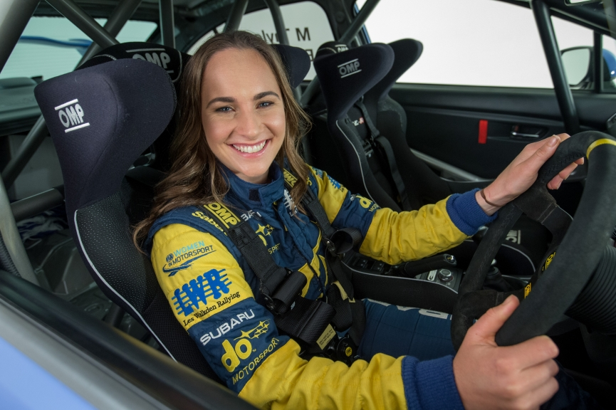 Foto de Molly Taylor, campeã australiana de Rally participa do programa de pilotos do Extreme E