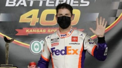 Photo of NASCAR: Denny Hamlin fatura a quina no Kansas