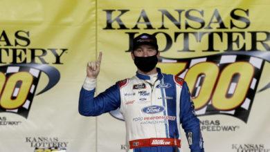 Foto de Chase Briscoe arrasa concorrência no Kansas e se garante na decisão