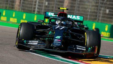 Foto de Valtteri Bottas supera Hamilton e crava 15ª pole da carreira em Ímola