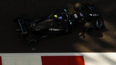 Foto de Valtteri Bottas lidera dobradinha da Mercedes em Abu Dhabi