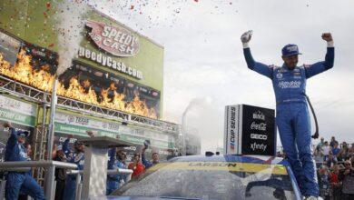 Foto de Em corrida complicada para os rivais, Kyle Larson se garante na decisão da NASCAR Cup Series